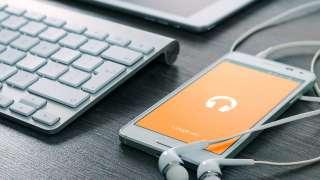 海外旅行でスマートフォンでインターネットを使うには?